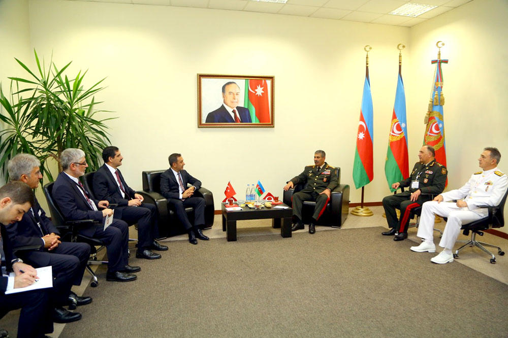 Azerbaijan discusses military co-op with Belarus, Turkey (PHOTO) - Gallery Image