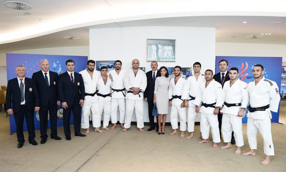Azerbaijan's president, first VP, Russian, Mongolian presidents watch competitions at World Judo Championships (PHOTO) - Gallery Image