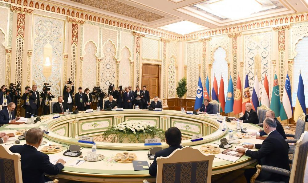 President Aliyev attends CIS Heads of State Council session in Dushanbe (PHOTO)