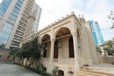 Первый вице-президент Мехрибан Алиева приняла участие в открытии после реставрации мечети Имама Хусейна (ФОТО) - Gallery Thumbnail