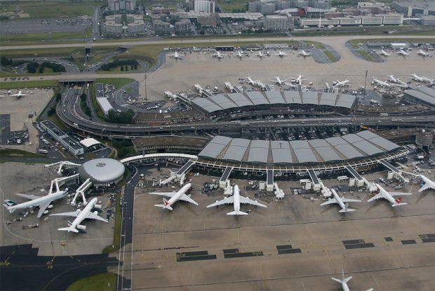 Two planes collide in Paris airport