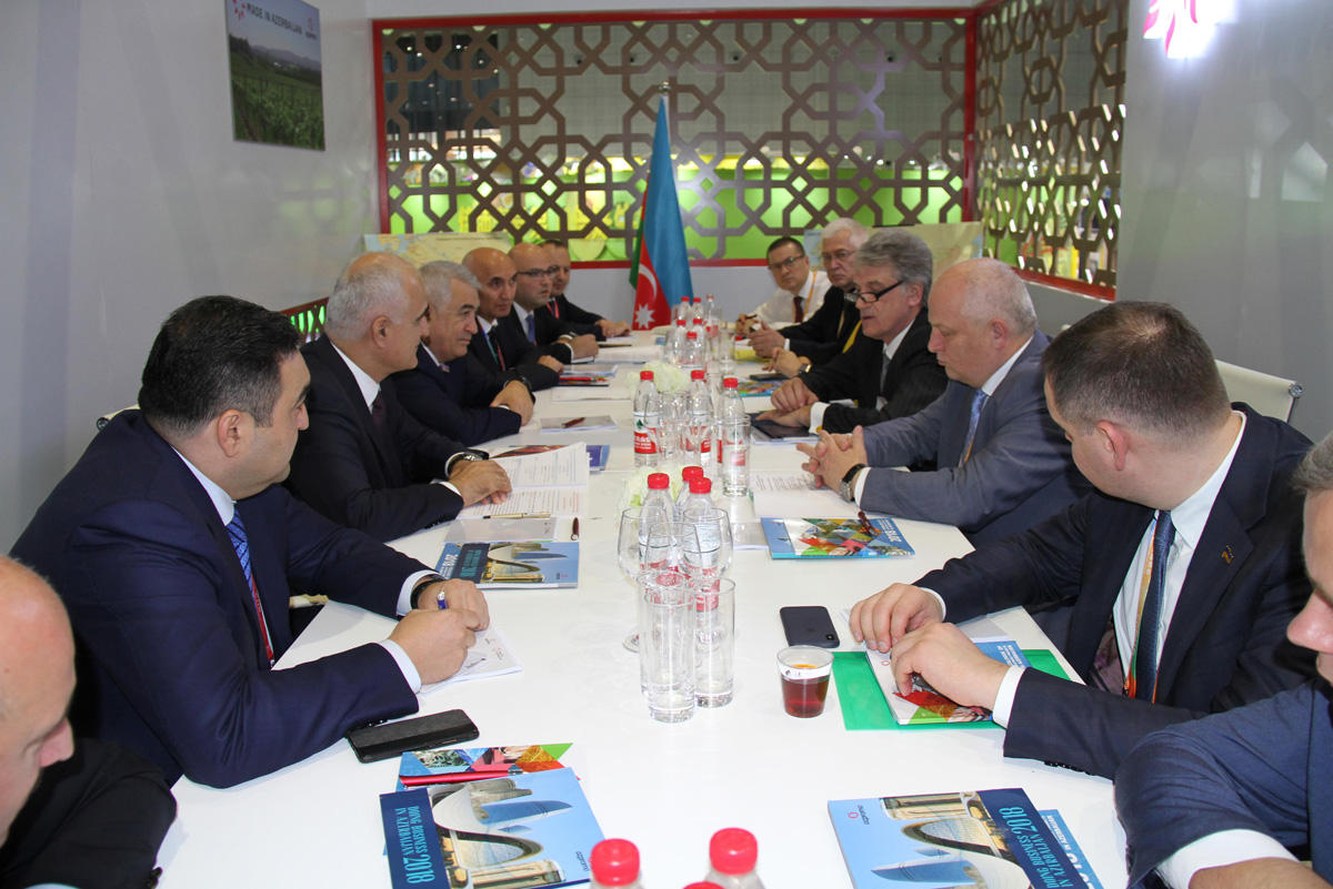 Ukraine offers Azerbaijan to expand co-op in several areas (PHOTO)