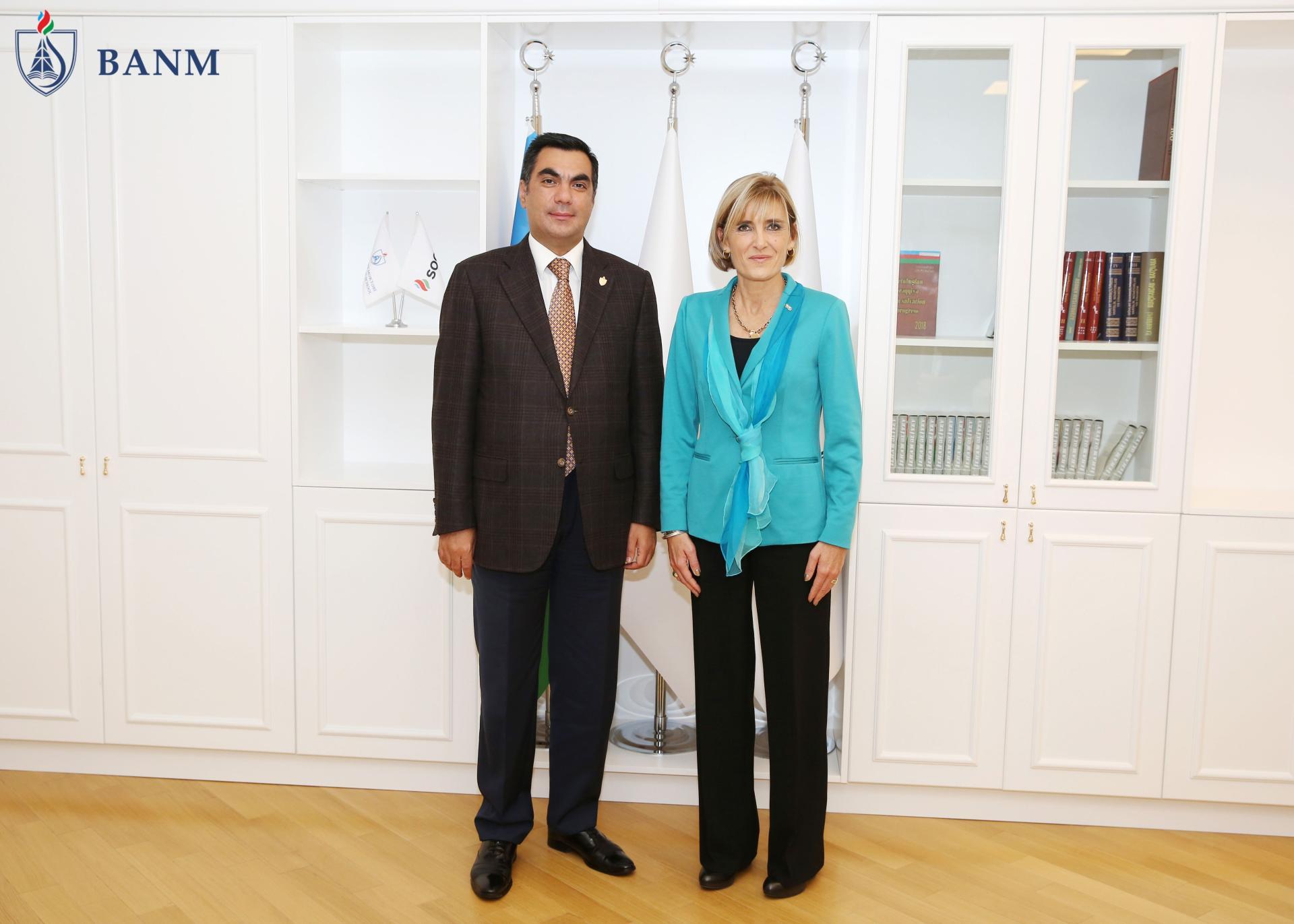 Представители Политехнического университета в Турине в Бакинской Высшей школе нефти (ФОТО) - Gallery Image