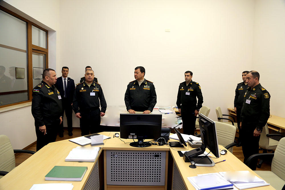Chief of Azerbaijani General Staff watches war games (PHOTO/VIDEO) - Gallery Image