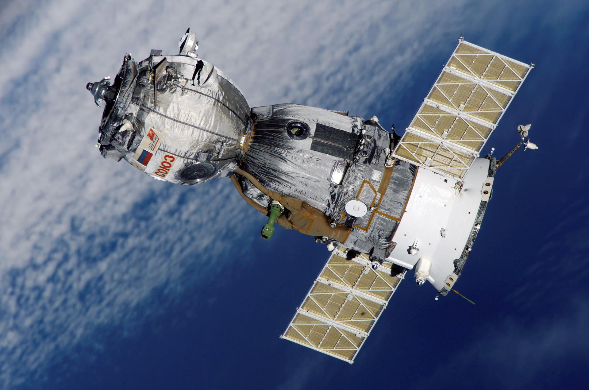 Russia to halve number of piloted missions to ISS in 2020