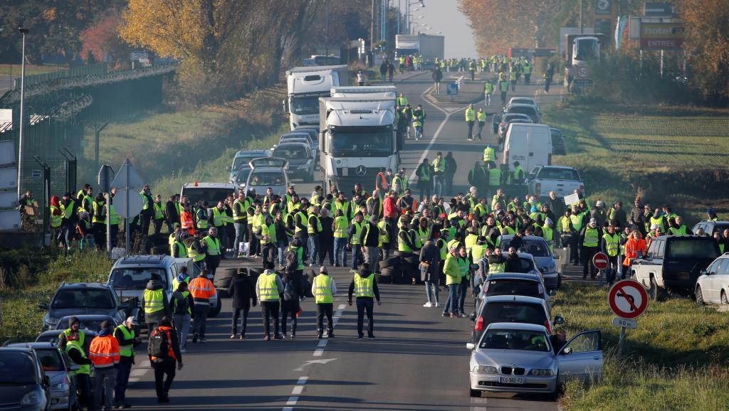 Paris braces for second wave of protests over rising fuel costs