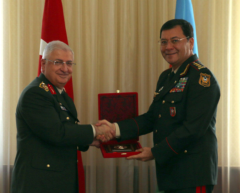 Chiefs of general staffs of Azerbaijan, Turkey hold meeting (PHOTO) - Gallery Image