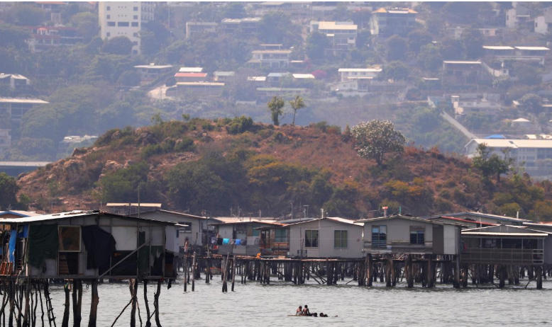 In Papua New Guinea shanty-towns, residents question APEC legacy