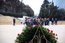 Chiefs of Turkish, Georgian general staffs visit Alley of Martyrs in Baku (PHOTO) - Gallery Thumbnail