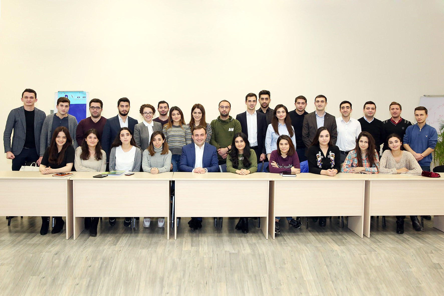 BP Vice President Bakhtiyar Aslanbayli conducts master class for MBA students at BHOS (PHOTO) - Gallery Image