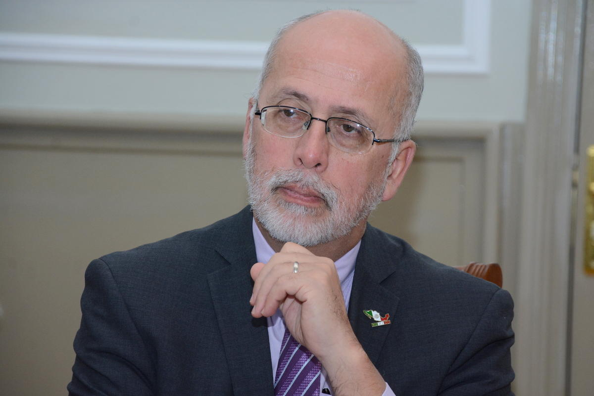UNEC committed to working with Mexican universities (PHOTO)