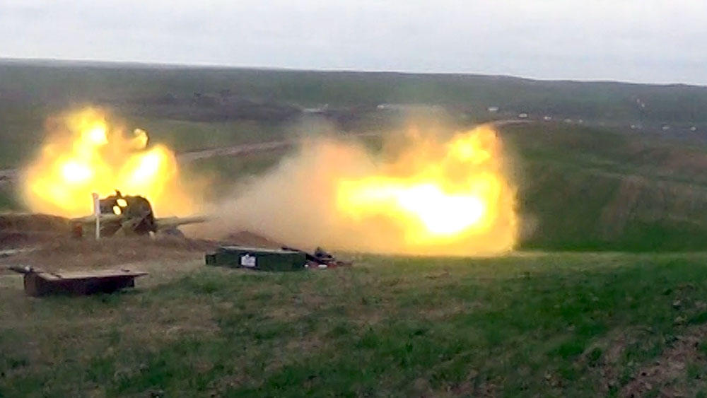 Azerbaijani army conducts live-fire exercises (PHOTO/VIDEO)