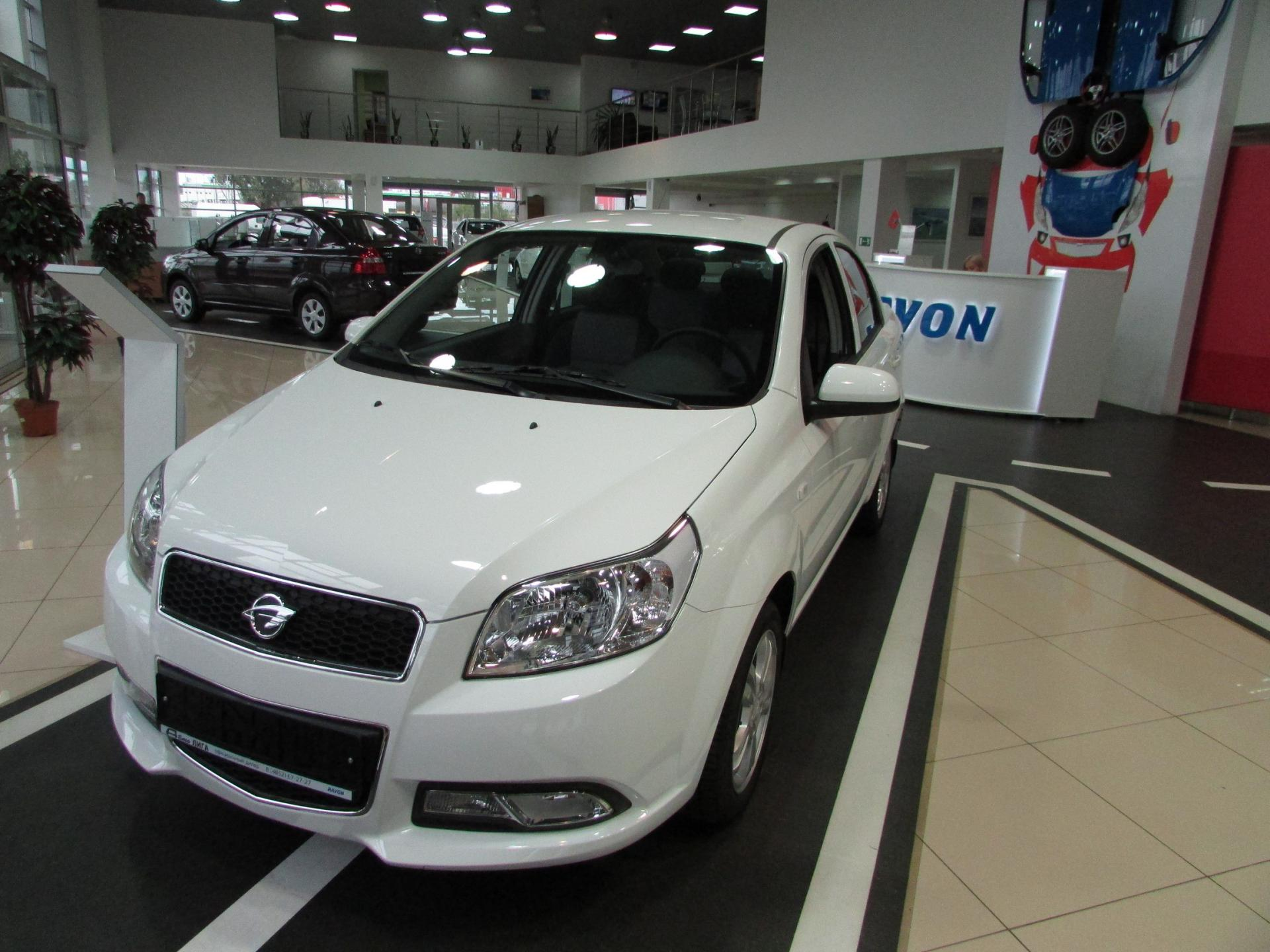 Uzbek automobile enterprise offers discounts