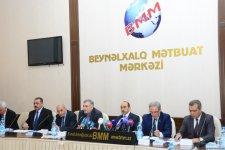Али Гасанов: Президент Ильхам Алиев считает сохранение чистоты государственного языка одной из важных задач, стоящих перед азербайджанским государством (ФОТО) - Gallery Thumbnail