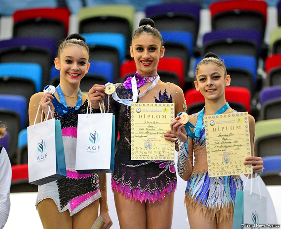 Winners of second day of 25th Azerbaijan Championship in Rhythmic Gymnastics awarded (PHOTO) - Gallery Image