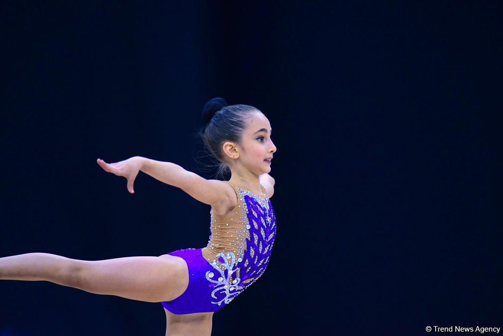 Bədii gimnastika üzrə 25-ci Azərbaycan Birinciliyinin üçüncü günü başlayıb (FOTO) - Gallery Image