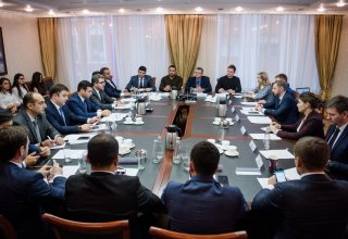 Азербайджан и Россия обсудили расширение сотрудничества в сфере МСБ (ФОТО)