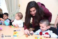 Студенты Бакинской Высшей школы нефти побывали в детском доме (ФОТО) - Gallery Thumbnail