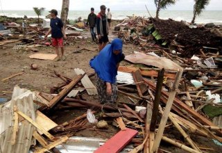 Number of injured in Indonesia tsunami surges to over 14,000