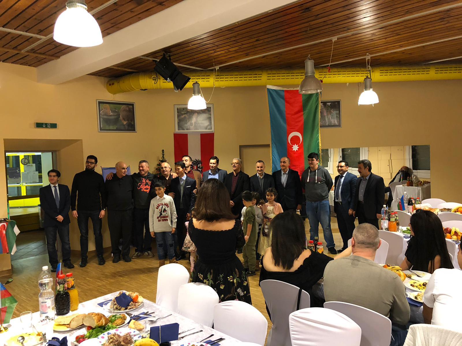 Avstriyada Dünya Azərbaycanlılarının Həmrəylik günü qeyd edilib (FOTO) - Gallery Image