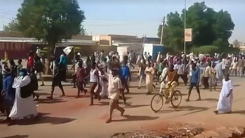 Sudan doctors to join widening anti-government protests