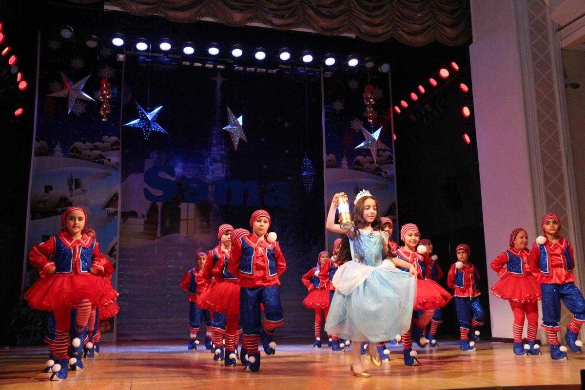 Танцующие небеса в Баку (ФОТО)