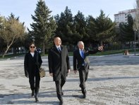 Azerbaijani president, first lady view newly-reconstructed recreation park in Baku (PHOTO) - Gallery Thumbnail
