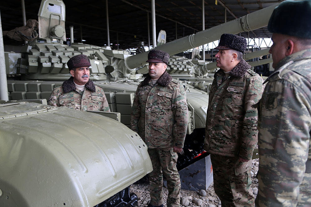 Defense Minister checked the combat readiness of armored vehicles deployed in the frontline zone (PHOTO) - Gallery Image