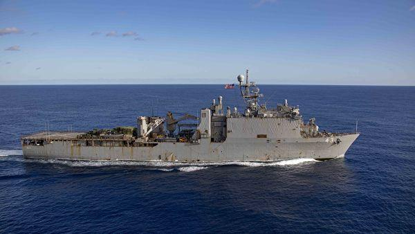 Two U.S. warships sail in disputed South China Sea