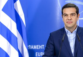 Outgoing Greek premier Tsipras hands over power to conservatives