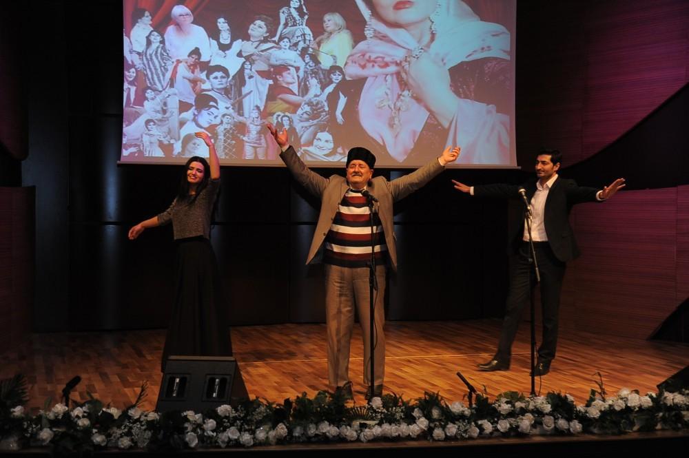 Beynəlxalq Muğam Mərkəzində Amaliya Pənahovanın xatirə gecəsi keçirilib (FOTO) - Gallery Image