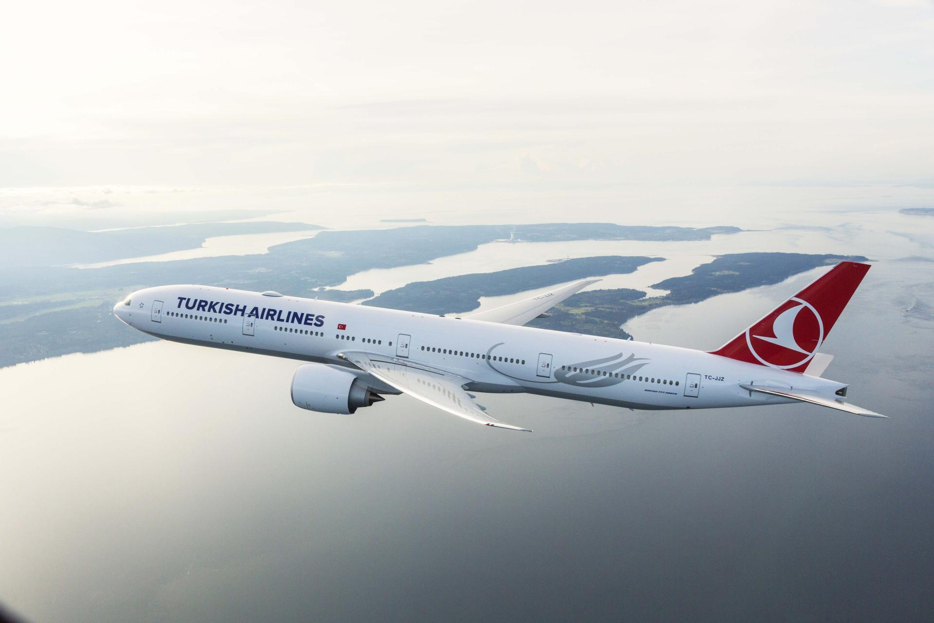 Turkish Airlines prioritizes cargo flights in aviation history's most challenging year
