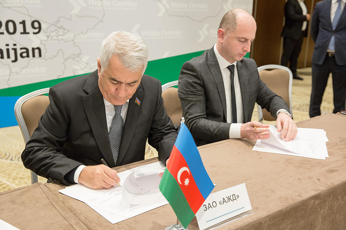 Development issues of Trans-Caspian int'l transport route discussed in Baku (PHOTO) - Gallery Image