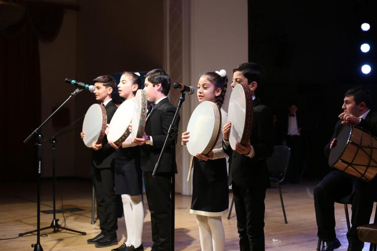 Bakıda beynəlxalq incəsənət müsabiqəsi keçirilib (FOTO) - Gallery Image