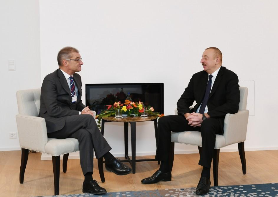 President Aliyev meets Procter&Gamble's president of Europe Selling&Market Operations in Davos (PHOTO)
