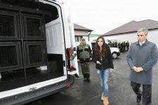 Вице-президент Фонда Гейдара Алиева Лейла Алиева приняла участие в открытии Центра заботы о бездомных собаках в Баку (ФОТО) (версия 2) - Gallery Thumbnail