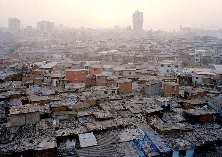 Bangladesh slum fire kills at least eight