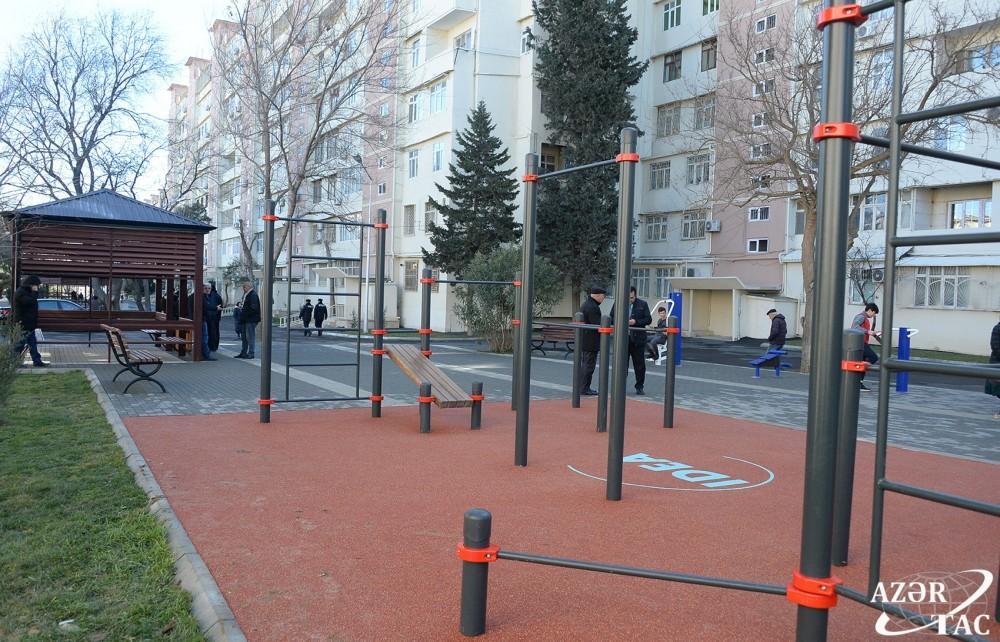В рамках проекта «Наш двор» жителям Баку передан очередной благоустроенный двор (ФОТО) - Gallery Image