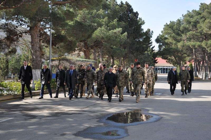 Military attachés visit Azerbaijan's defense industry enterprises (PHOTO) - Gallery Image