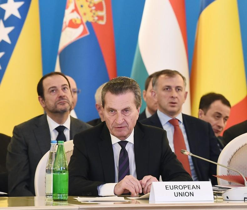 Президент Ильхам Алиев принял участие в пятом заседании министров в рамках Консультативного совета Южного газового коридора в Баку (ФОТО) - Gallery Image