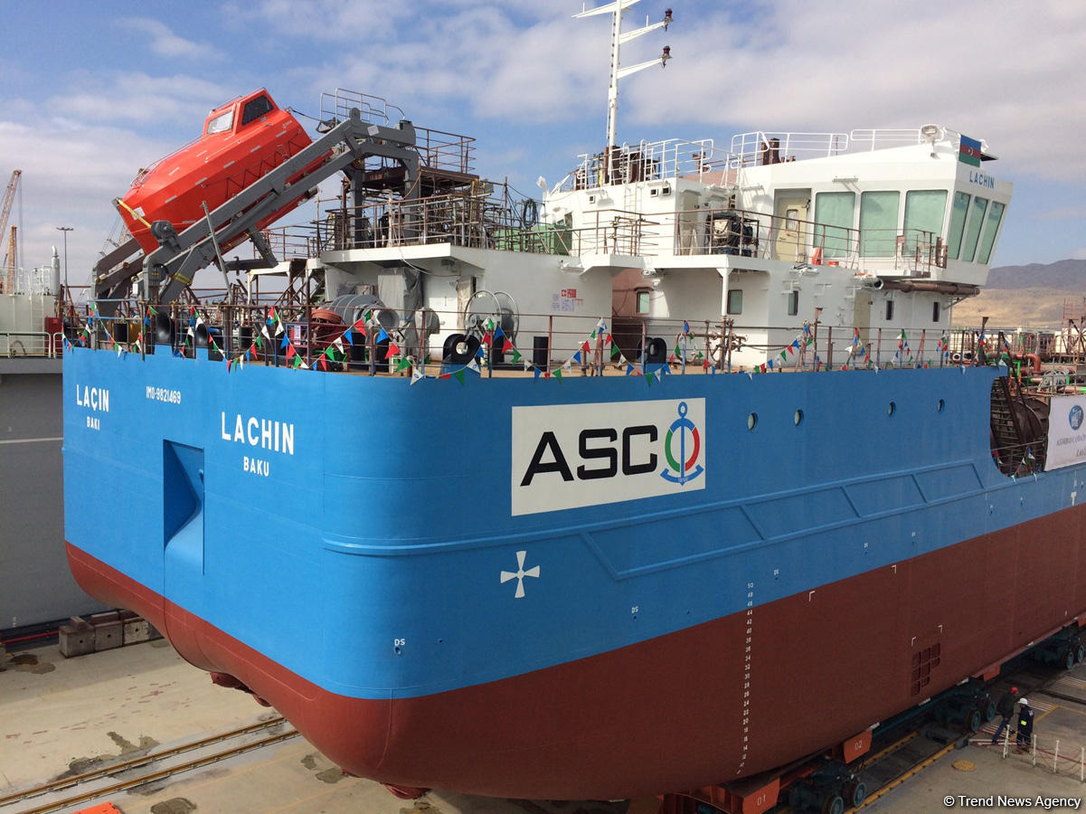 В Азербайджане спущен на воду новый танкер (ФОТО) - Gallery Image