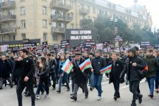 Azerbaijani president, first lady take part in Khojaly genocide anniversary march (PHOTO) - Gallery Thumbnail