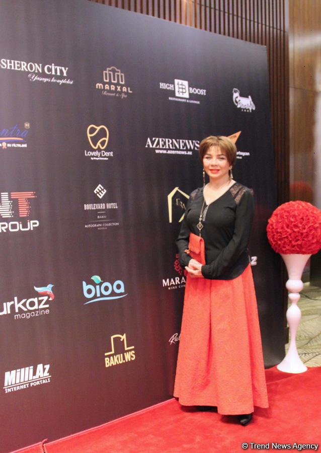 """В Баку прошла церемония награждения """"Золотые люди"""" – красная дорожка, звезды (ФОТО) - Gallery Image"""