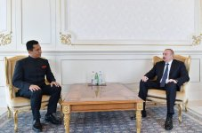 President Ilham Aliyev receives credentials of incoming Indian ambassador (PHOTO) - Gallery Thumbnail