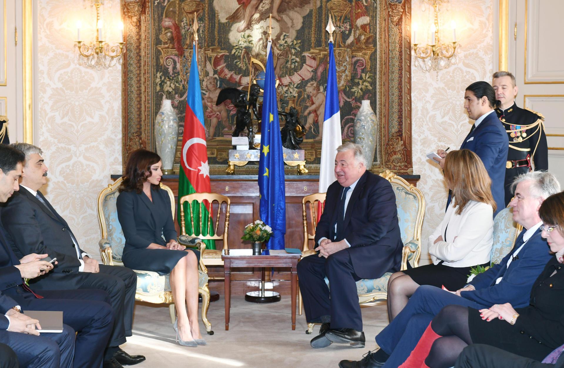 First Vice-President of Azerbaijan Mehriban Aliyeva meets President of French Senate Gerard Larcher (PHOTO)