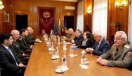 Chief of Azerbaijan's General Staff meets Bulgarian defense minister (PHOTO) - Gallery Thumbnail