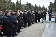 В Баку почтили память Хана Шушинского (ФОТО) - Gallery Thumbnail