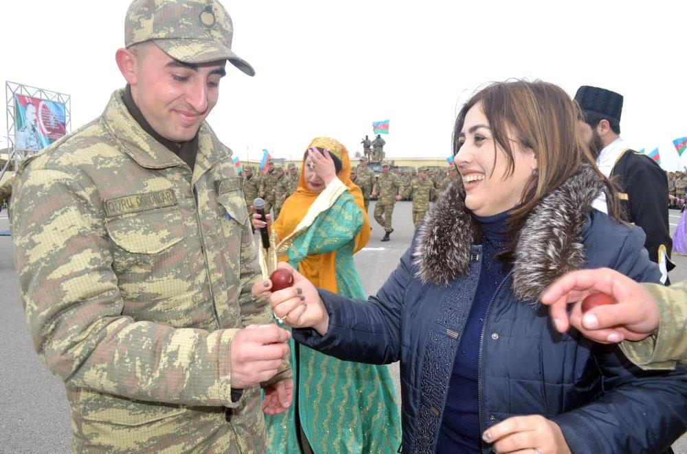 Hərbi hissələrdə Novruz bayramı tədbirləri keçirilib (FOTO) - Gallery Image