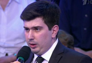 Azerbaijani parliament needs new persons dealing with tasks more effectively - expert