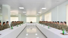 President Ilham Aliyev visits military unit of Special Forces of Defense Ministry (PHOTO) - Gallery Thumbnail